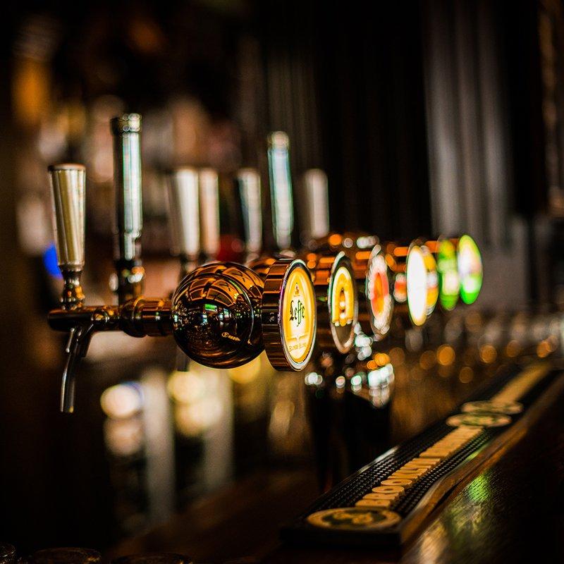 Paddys Zurich Bar Taps